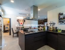 (CDS022-02) Lovely Updated 2 Bedroom Condo for Sale near Chiang Mai University